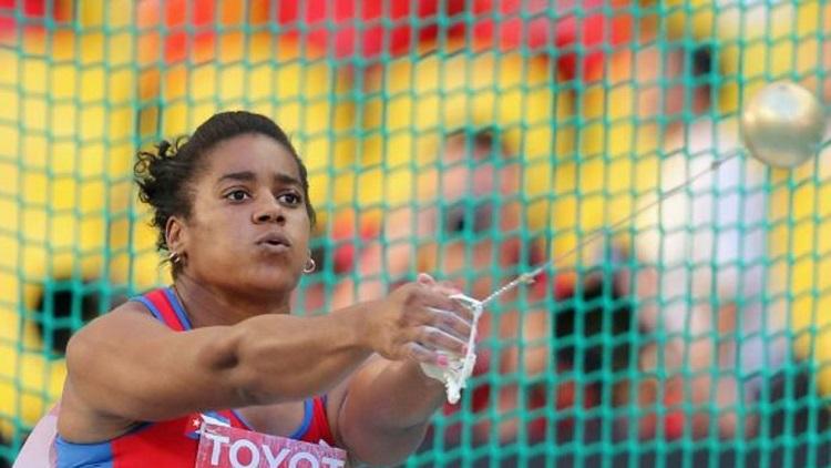 """El atletismo cubano """"con los pies puestos en la tierra"""""""