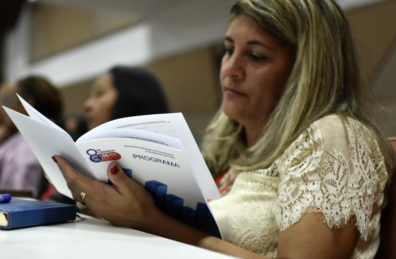 Celebran en La Habana VIII Congreso de la ANEC