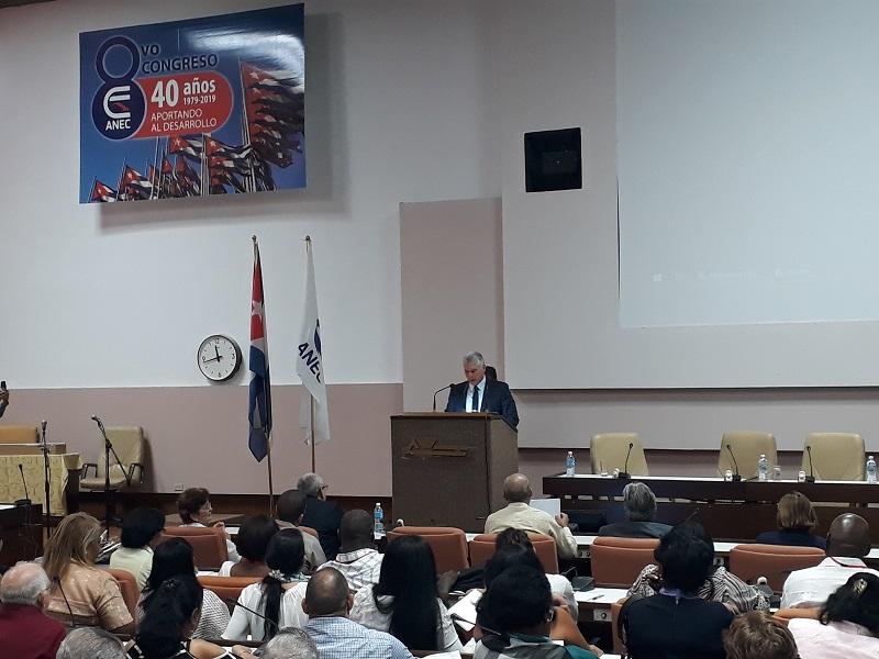 Concluyó el VIII Congreso de la Asociación Nacional de Economistas y Contadores de Cuba