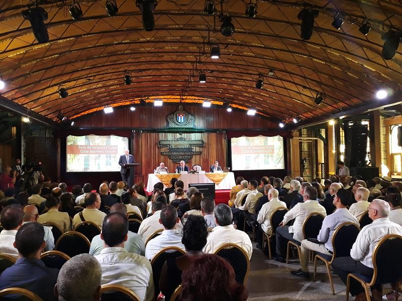 Desarrollan en La Habana Fórum de Negocios Cuba