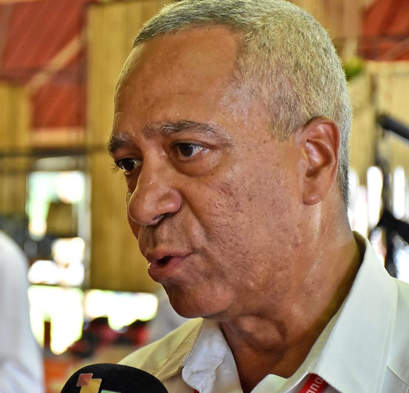 Viceministro Primero de Comercio Exterior y la Inversión Extranjera, Antonio Luis Carricarte Corona.