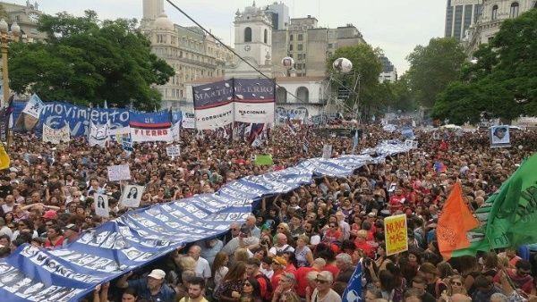 Argentina marcha por el Día de la Memoria, la Verdad y la Justicia