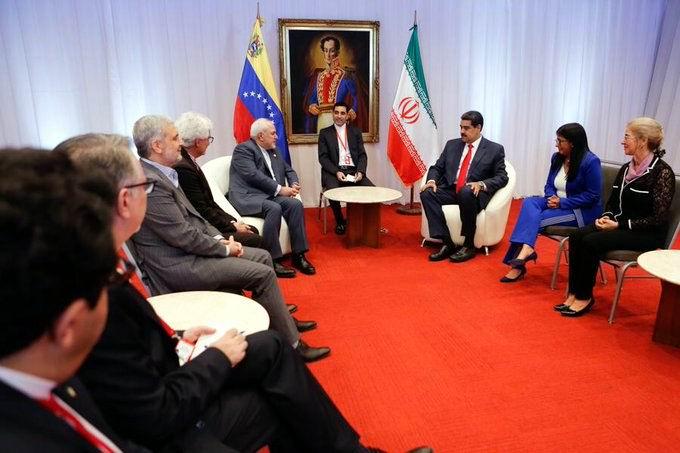El presidente venezolano Nicolás Maduro intercambió durante las últimas horas con un grupo de representantes del Movimiento de Países No Alineados