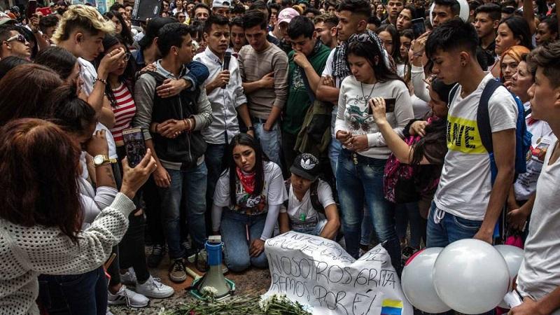 Muere joven convertido en símbolo de la protesta social en Colombia