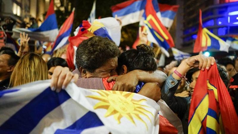 Uruguay a la espera de confirmar resultado de los comicios presidenciales