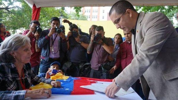 Asegura el Gobierno venezolano que reactivara el dialogo con la oposición