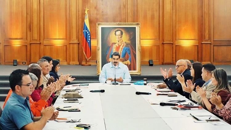 Nicolás Maduro denuncia trama de corrupción y robo de la derecha en Venezuela