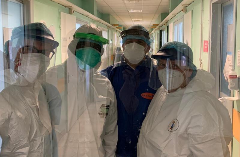 Desde Turín, un padre médico, recién estrenado