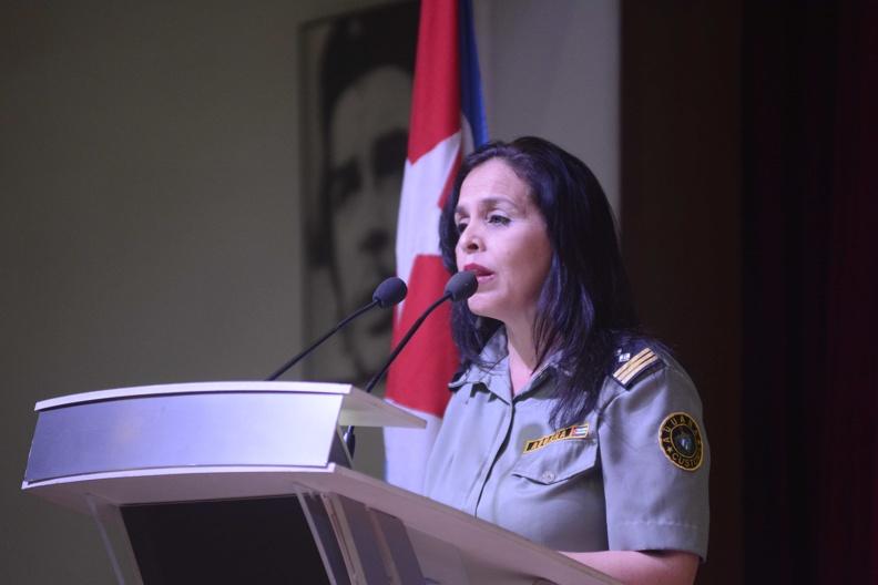 Asiste Primer Ministro cubano a acto por aniversario de la Aduana General de la República