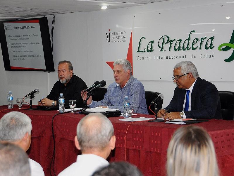 """Díaz-Canel: """"La justicia del país deber ser efectiva y transparente"""" (+Audio)"""