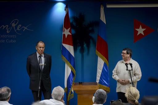 Intercambian Cancilleres de Cuba y Rusia sobre la cooperación para combatir el nuevo coronavirus