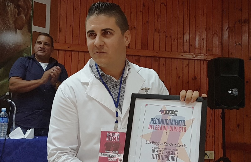 En Audio: Joven médico camagüeyano, delegado directo al Congreso de la UJC