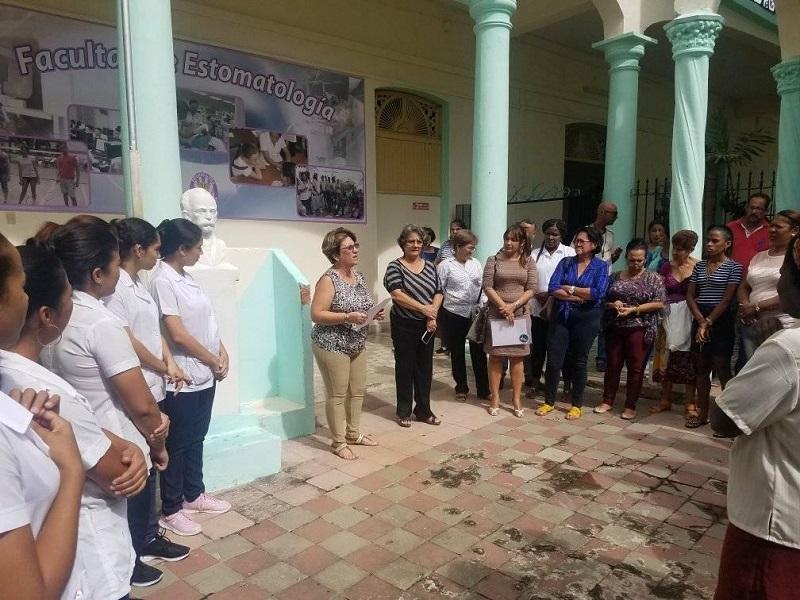 Cuba con José Martí y por José Martí
