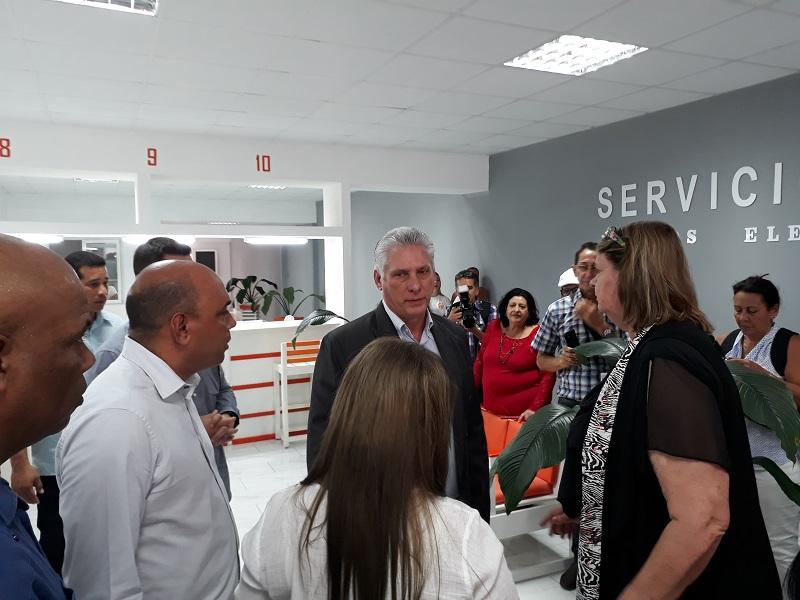 Participa Díaz-Canel en toma de posesión de Gobernador y Vicegobernador en Villa Clara