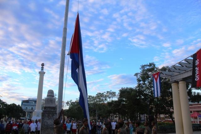 En Fotos: Fiesta a la Bandera en Santiago de Cuba