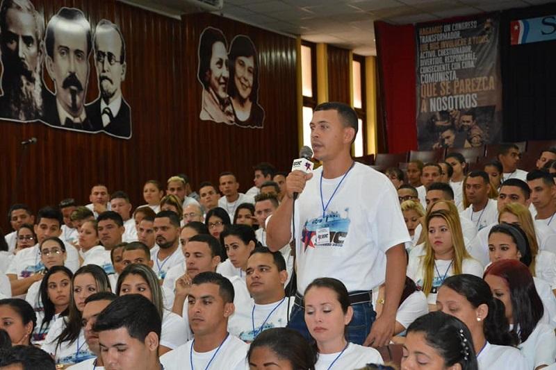 Juventud granmense ratifica unidad en torno al futuro de la Revolución