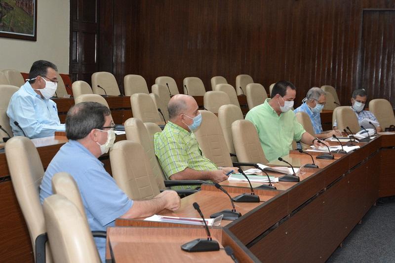 """Díaz-Canel: """"Todos los que defendemos desde Cuba a la Revolución, estamos en condiciones de llegar victoriosos a la meta"""""""