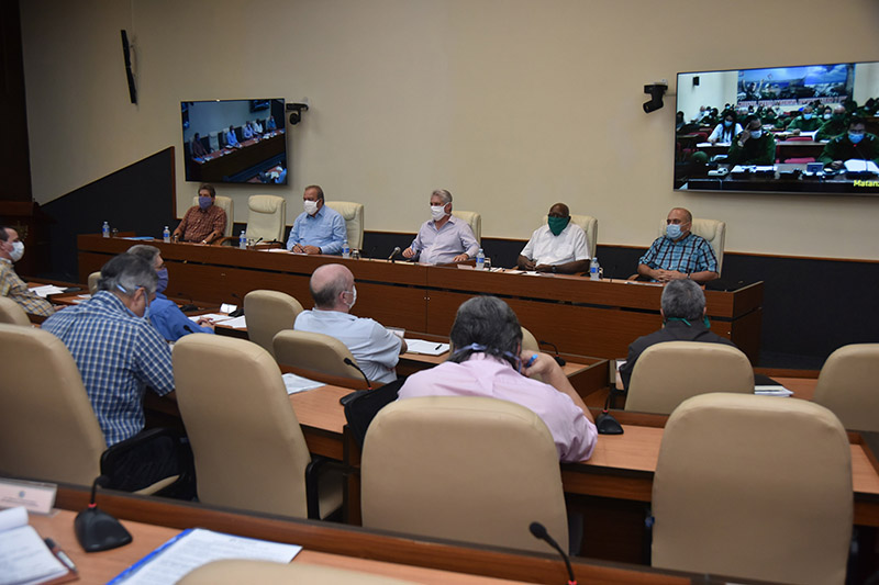 Cuba strengthens measures after 6 towns report local transmission of COVID-19