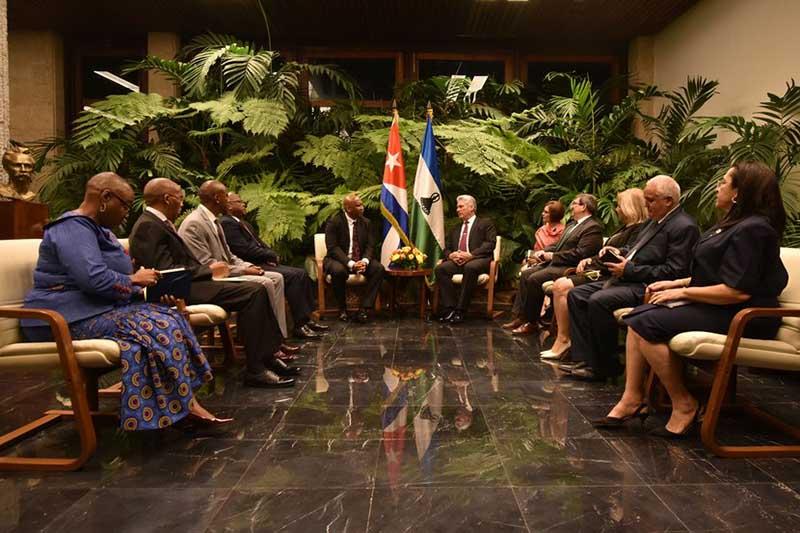 Recibió Miguel Díaz-Canel al Rey de Lesotho Letsie III
