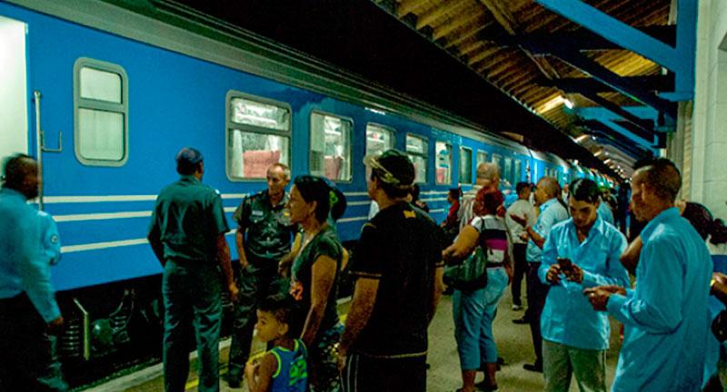Ferroviarios tuneros entre celebraciones y compromisos