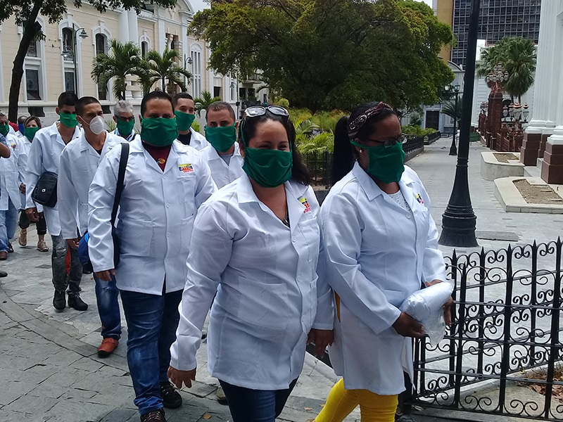 Cuban medical brigades support to other nations does not affect services in the countr