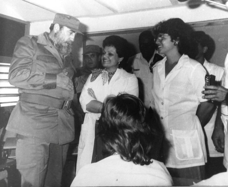 El Comandante en Jefe Fidel Castro en la Universidad de Ciencias Médicas Camagüey..