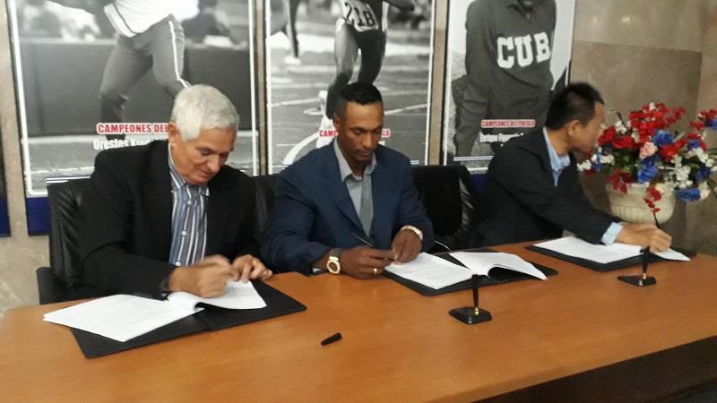 Cubanos regresan a Japón