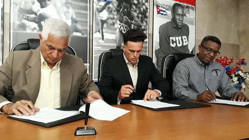 Yera, Prieto y Santos se van a Tabasco