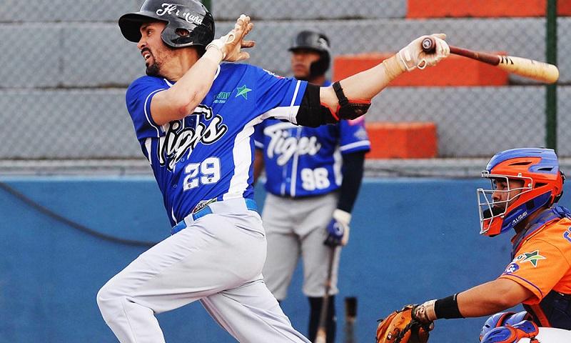 Cubano Yunior Paumier guía a Tigres a final del béisbol en Nicaragua
