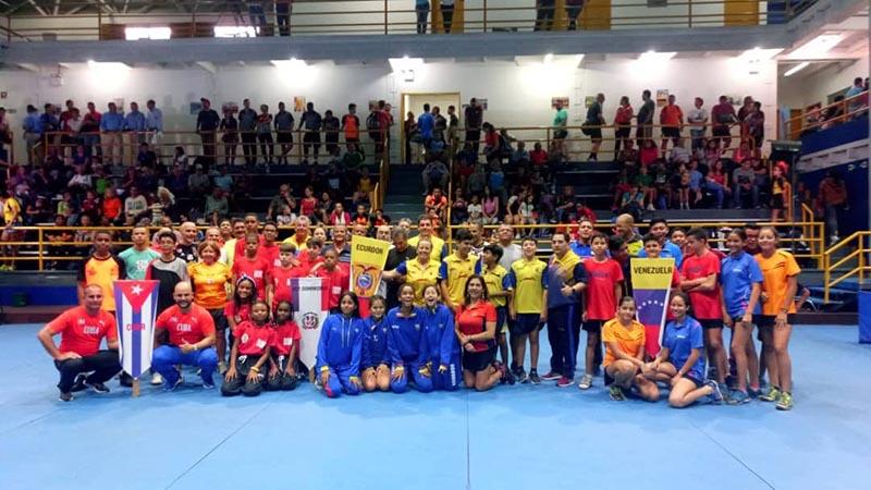 Cubanos suman premios en Copa Internacional Bolívar-Duarte de tenis de mesa