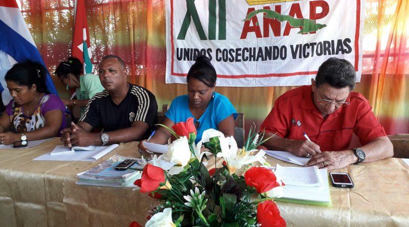 Avanzan hacia su XII Congreso campesinos de Santiago de Cuba