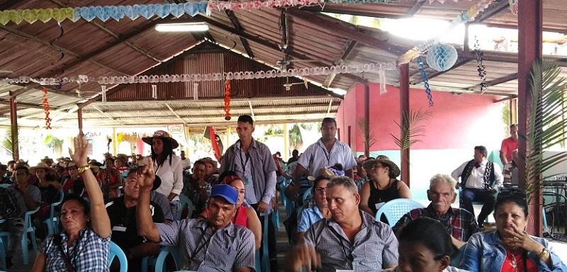 Inspirados en Fidel, campesinos ratifican que Sí se puede