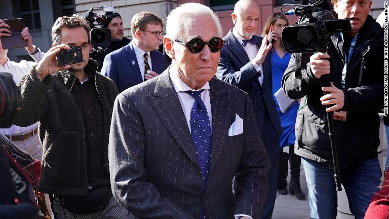 Piden ex funcionarios de justicia estadounidenses renuncia del fiscal general