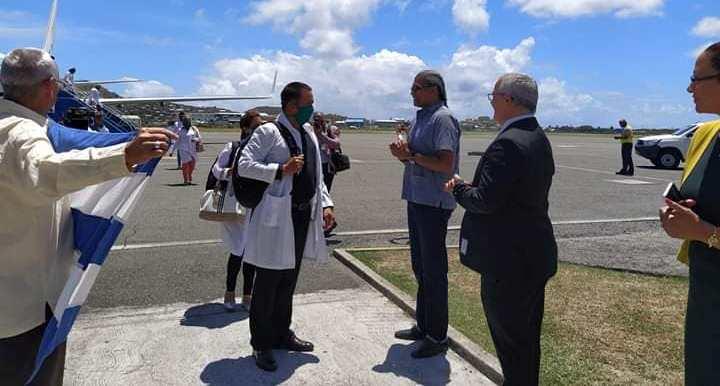 🎧 En Santa Lucía, un médico cubano por el bien común