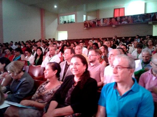 Acoge Cienfuegos Congreso Hispano Cubano de la Salud