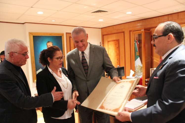 Cámara de Diputados en México reconoce labor de médicos cubanos
