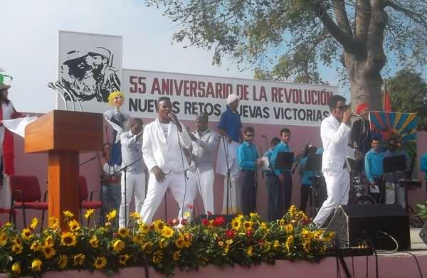 Con un acto político cultural, los pobladores del tunero municipio de Jobabo conmemoraron el Aniversario 55 de la liberación de la localidad por tropas de la columna 12 Simón Bolívar. Foto Juan Manuel Olivares Chávez