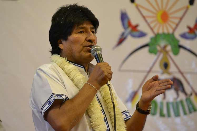 Inaugura Evo Morales Feria de Salud en Bolivia dedicada a Fidel