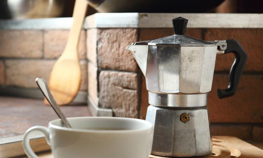 Si prepara café