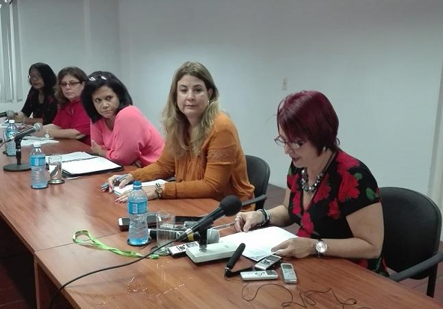 Conferencia de prensa aumento pensiones