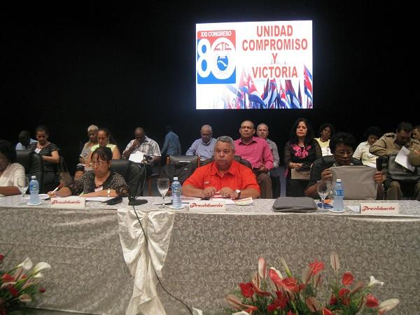 Funcionamiento sindical al debate en Santiago de Cuba