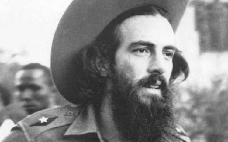 Recuerdan en Granma a Camilo Cienfuegos