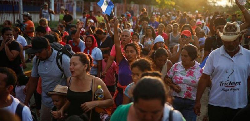 Amenaza Trump a Honduras por marcha de migrantes a Estados Unidos