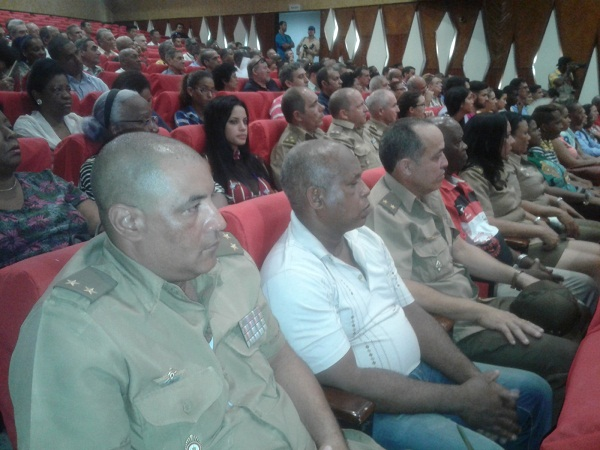 Celebran aniversario 45 de la primera visita de Fidel a Vietnam