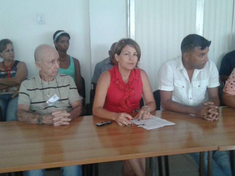 Debaten Proyecto de Constitución en Empresa de Refrigeración, Calderas y Medios de Pesajes