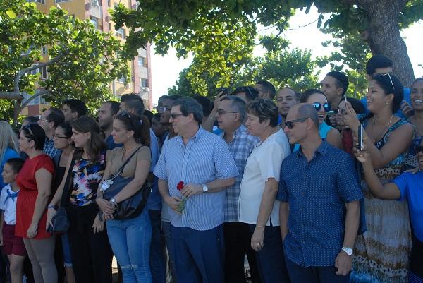 Cuba rinde homenaje a Camilo Cienfuegos