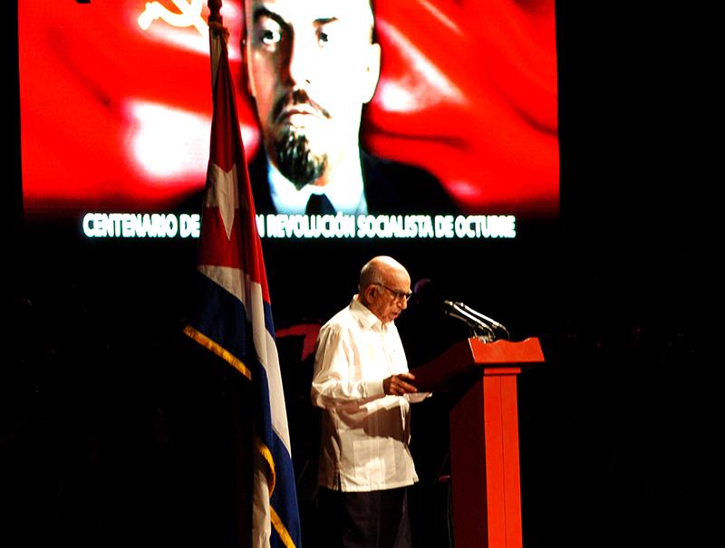 Los principios que inspiraron la Revolución de Octubre seguirán siendo los nuestros. Foto: Sergei Montalvo