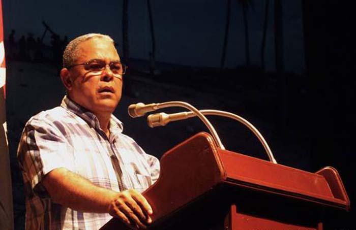 Celebran plenos del PCC en Holguín y La Habana