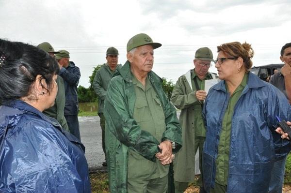 El General de Cuerpo de Ejército, Joaquín Quintas Solá, Jefe de la Región Estratégica Central, recorrió Aguada de Pasajeros