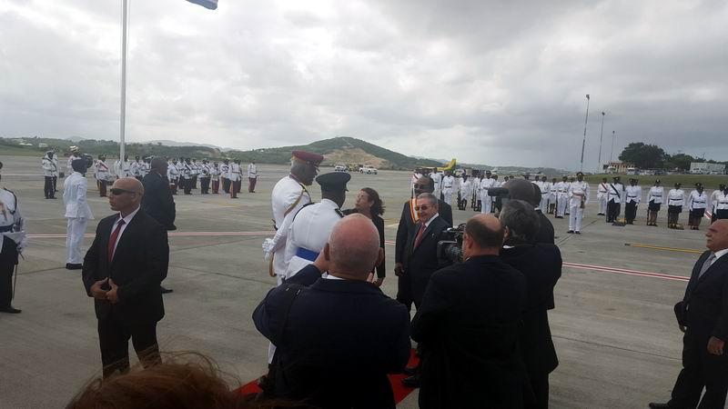 Raúl Castro en Antigua y Barbuda para fortalecer nexos con el Caribe